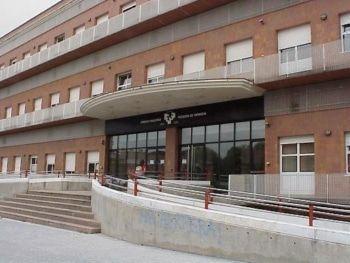Continúa la represión en Sakana: Detenida una joven de  Etxarri Aranat en el campus de Gasteiz.