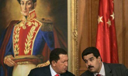 Hoy más que nunca con la Venezuela bolivariana, con Chávez y con Maduro.
