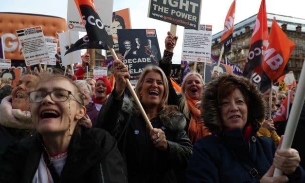 Glasgow: Trabajadoras en Huelga por la Igualdad salarial.