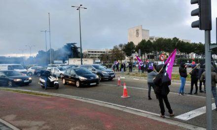 Cargas policiales durante los primeros momentos de huelga general feminista del 8M