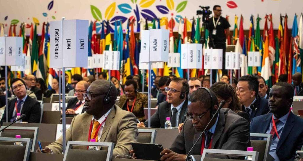 La Comunidad Internacional (120 países) contra la Injerencia y por la soberanía de los Pueblos