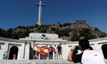El traslado de los despojos de Franco no resuelve el problema ni del Valle ni de la impunidad