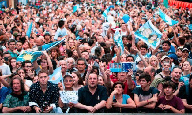 """Elecciones Argentina, 2019: """"La fórmula Fernández- Fernández se vive como un gran triunfo contra el neoliberalismo, pero con la conciencia de que no basta haber ganado el gobierno"""""""