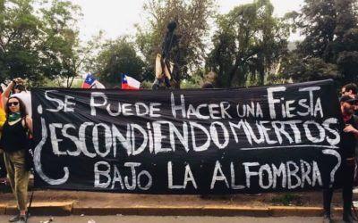 Chile: ¿Se puede hacer una fiesta escondiendo muertos bajo la alfombra?